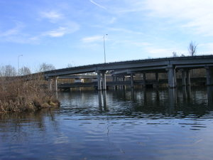 509_freeway_bridges_over_and_thro_3