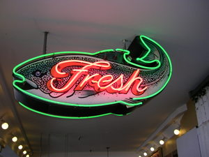 Fresh_fish_at_pike_place_market