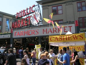 Pike_place_market_june_3_2007